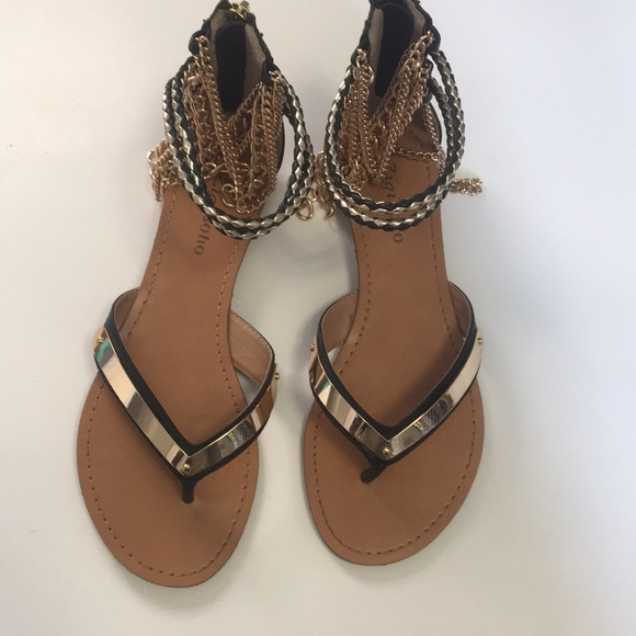 ZIGISOHO Open toe Sandals w/ ankle chains Size 8